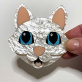 what willow did brooch 'kiki the cat'