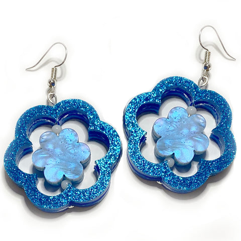 what willow did earrings 'daisy spinner dangles' blue