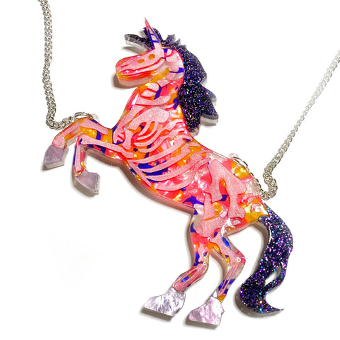 what willow did necklace 'unicorn'