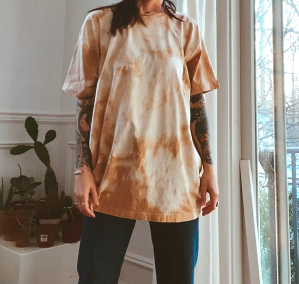 XL T-Shirt (himalayan rhubarb and avocado dye)