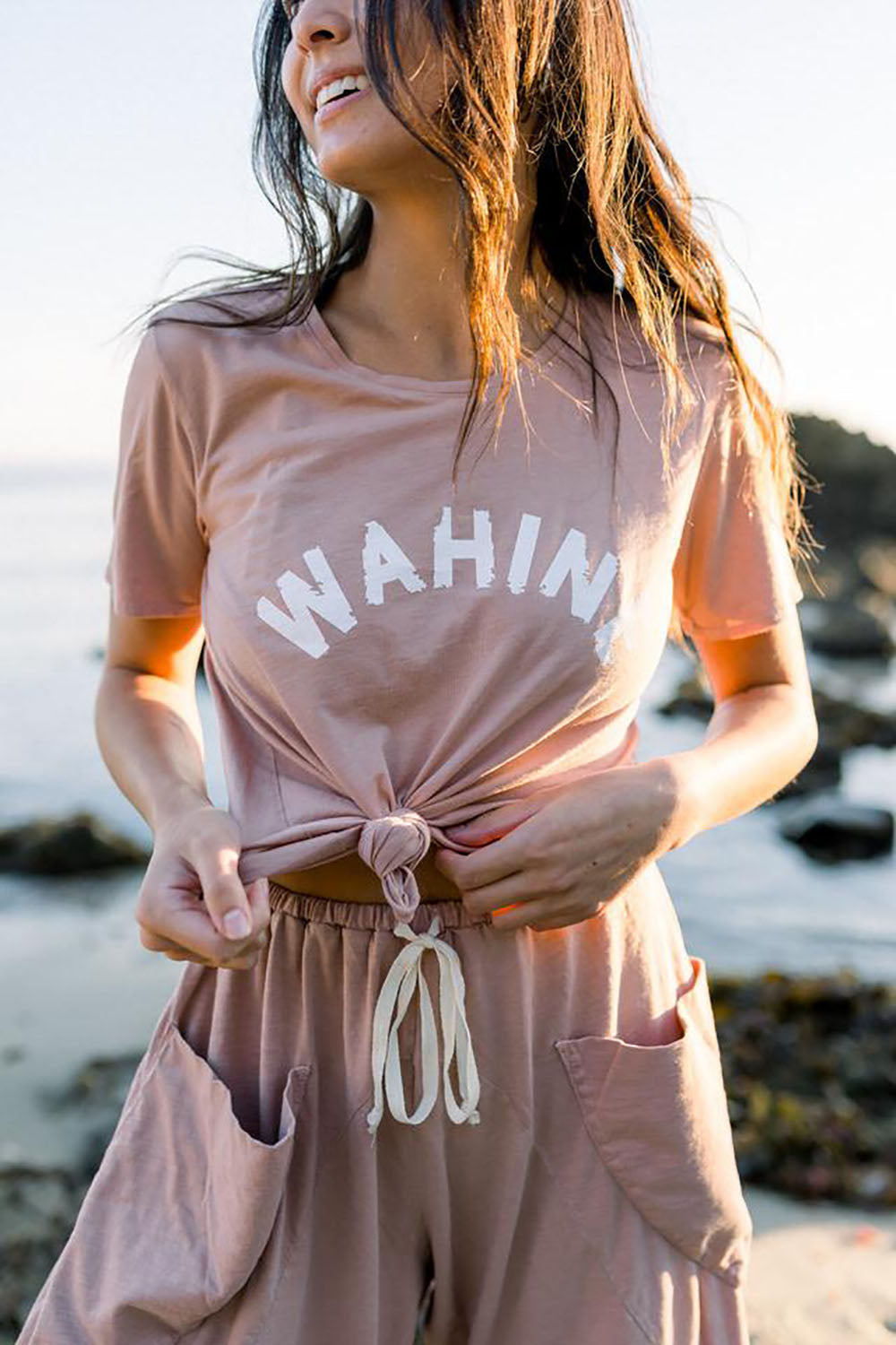 Dolkii Tee Wahine in Rose Gold