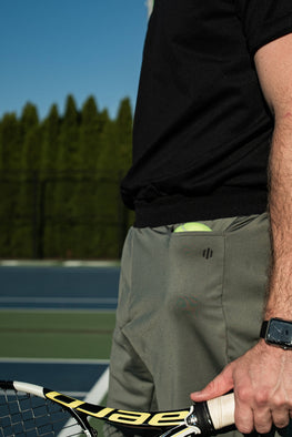 Tennis shorts with pockets