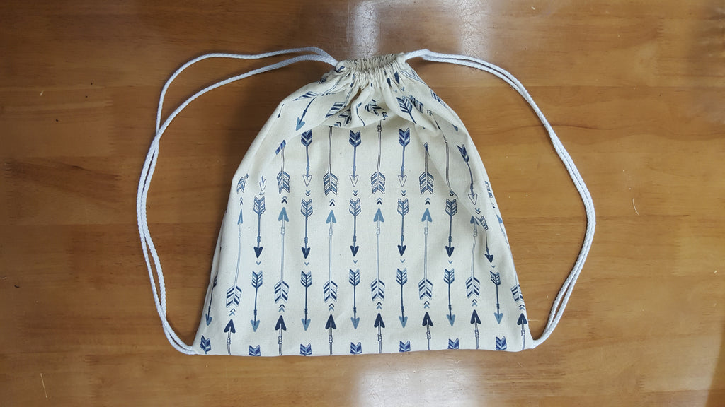 Rad Fashion Fridays: Cinch Bag with a French Twist