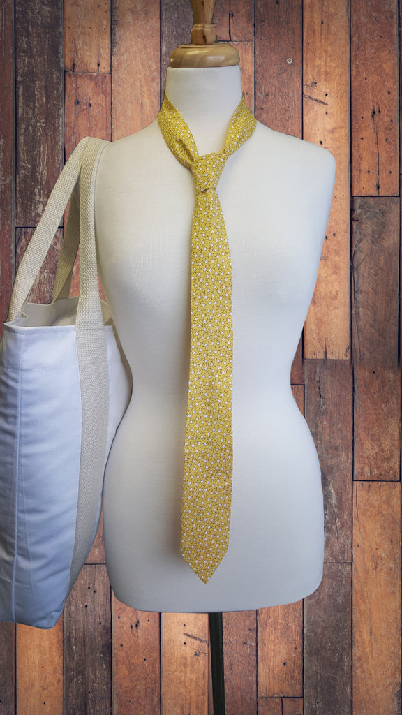 Rad Fashion Friday: Make a Neck Tie!