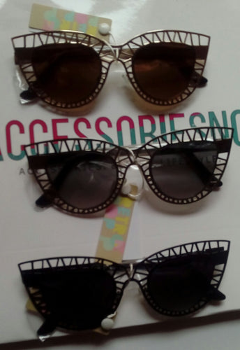 Paula Laser Cut Cat Eye Frame