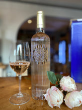 Load image into Gallery viewer, Ultimate Provence AOP Cotes de Provence Rosé