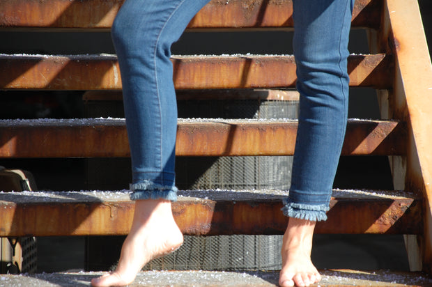 Double Frayed Hem Jean
