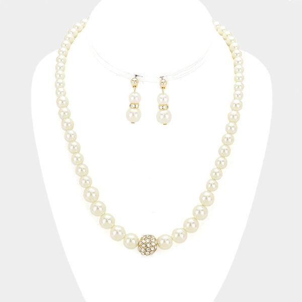 "The ""Jazzy Pearl"" Necklace"