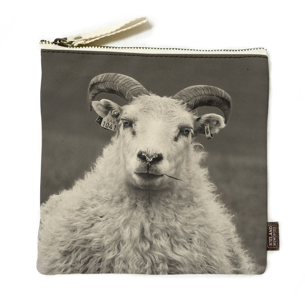 Sheep queen Journey pouch