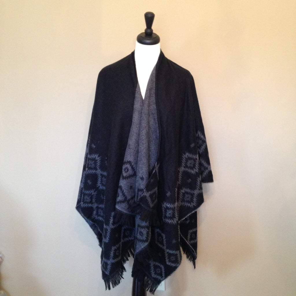 Aztec Knit poncho by KnitPopShop