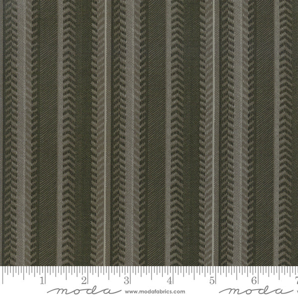 Lake Views Moss Green 1/2 yard 6804 15