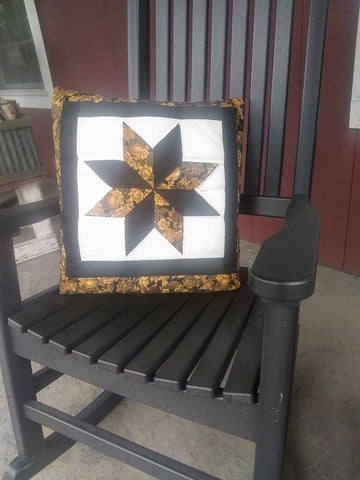 Black and Gold Flower Quillow