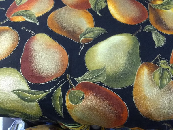 Pears on Black 1\2 yard