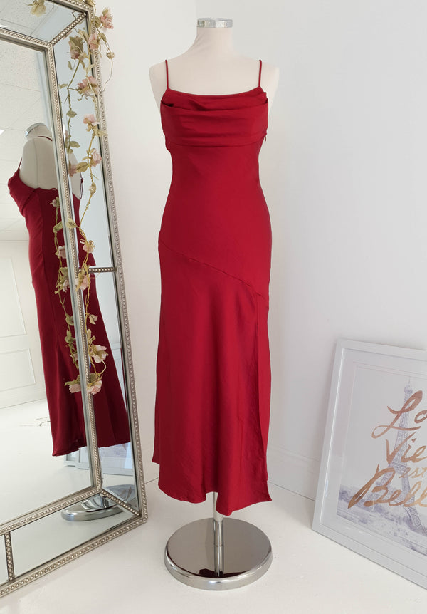 Zarita Midi Dress Red