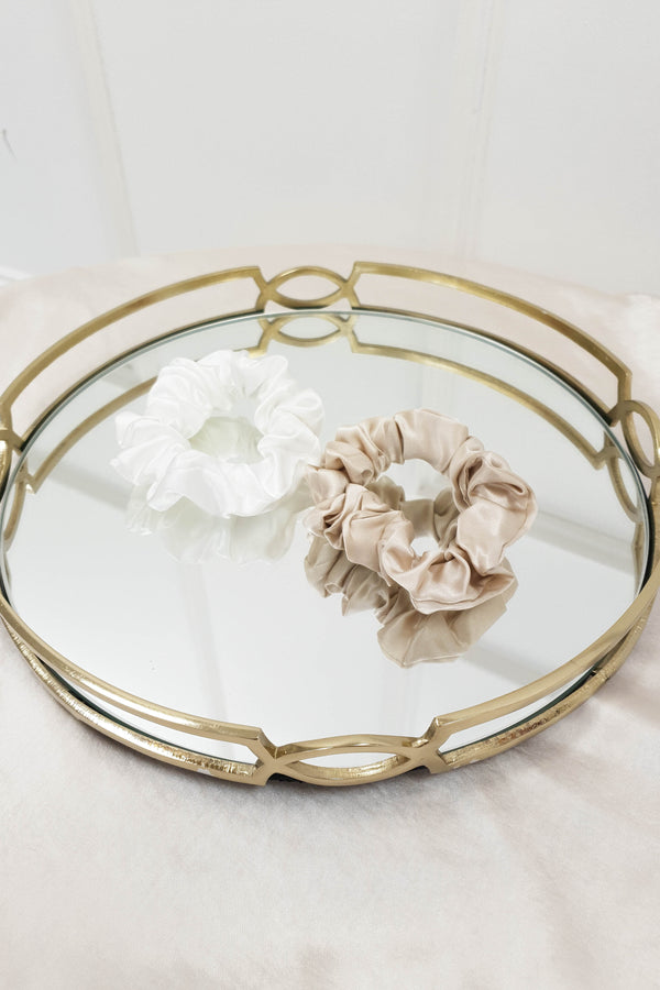 SilkLee | Luxury Medium Mulberry Silk Scrunchies | 2 Pack | Champagne and White