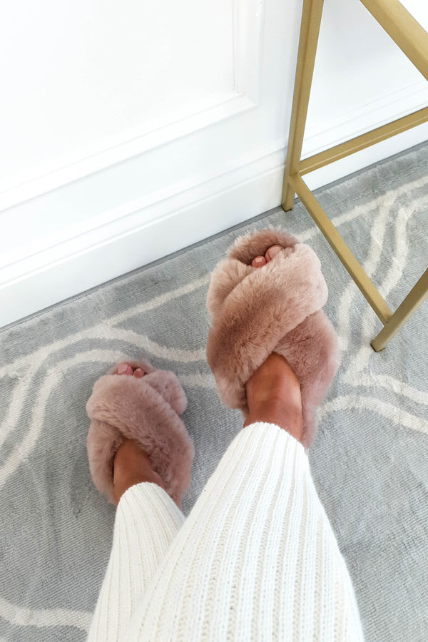 SilkLee | Luxurious Sheep Skin Slippers | Latte