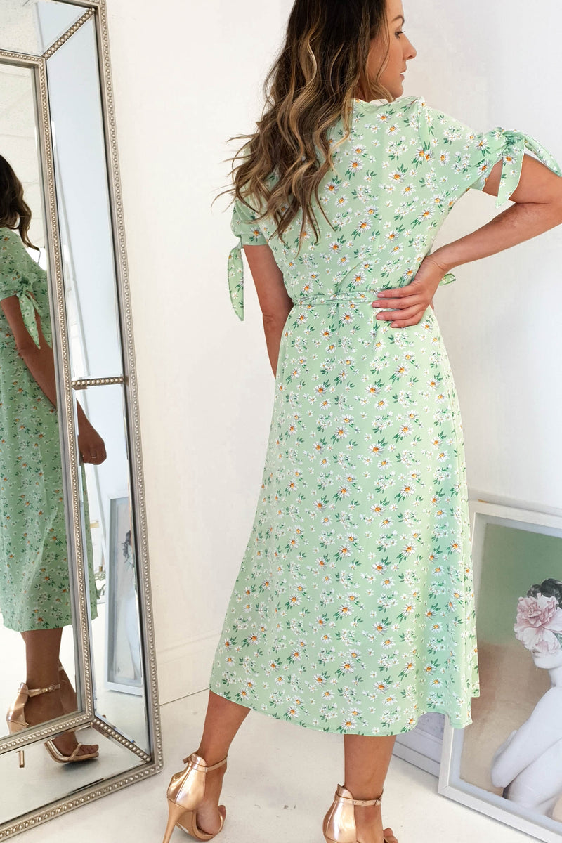 Lottie Floral Print Midi Dress | Green
