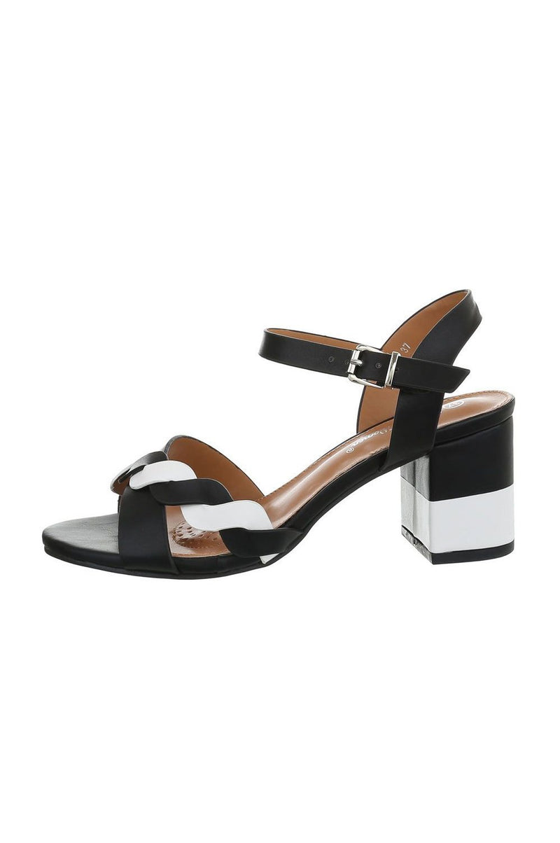 Hanna Sandals Black and White