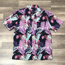 Load image into Gallery viewer, HUF Paraiso Resort S/S woven Shirt Navy