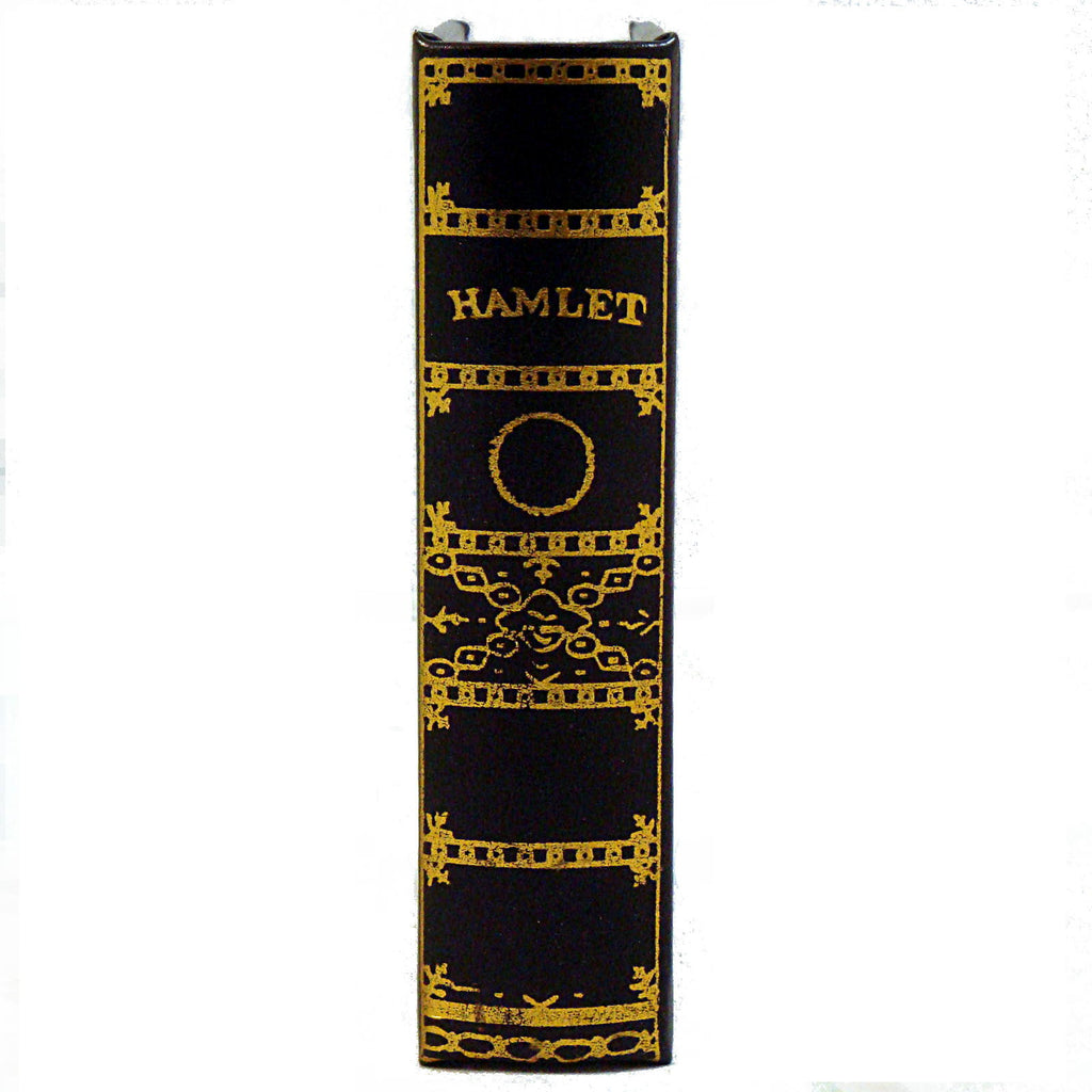 hamlet by shakespeare Hamlet (shakespeare, pelican) by shakespeare, william and a great selection of similar used, new and collectible books available now at abebookscom.