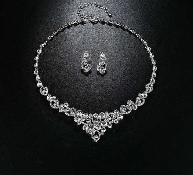 Bridal Rhinestone Hearts Earrings and Necklace Set
