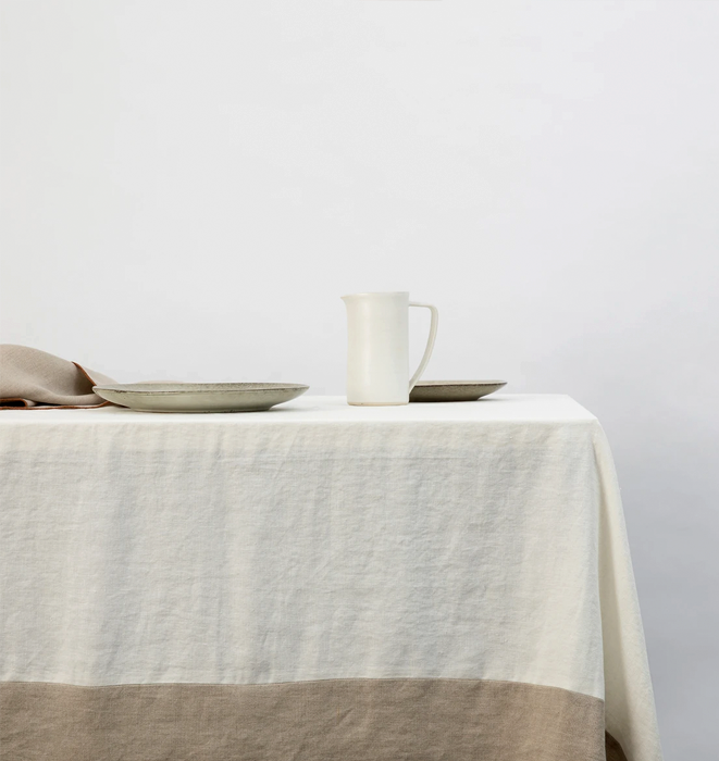 Cultiver Cara Panel Linen Tablecloth