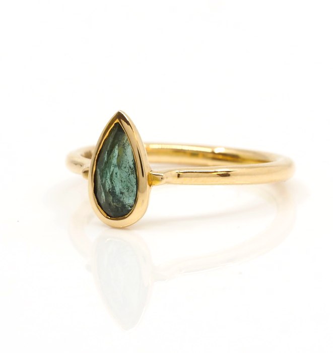 Green Tourmaline Gold Ring