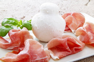 Mozzarella balls with ham (Minimum order 10) - Stephs Gourmet Foods Ready made meals French Gourmet Cheese Sauscission Stephs Gourmet Foods salumi Stephs Gourmet Foods Stephs Gourmet Foods