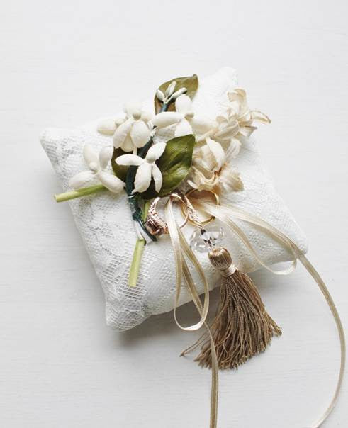 Vintage Millinery Flowers Ring Cushion in Bridal White