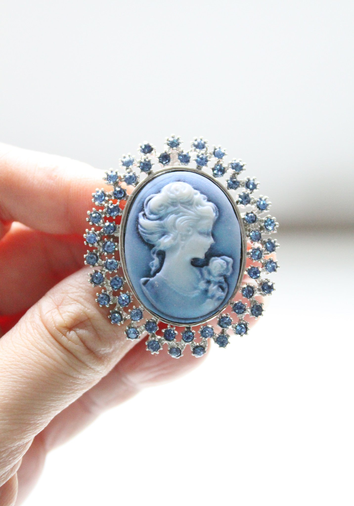 1950s Something Blue Gibson Girl Cameo Rhinestone Brooch / Pendant