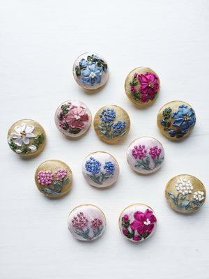 Mother daughter silk ribbon embroidery button brooches in blue and pink