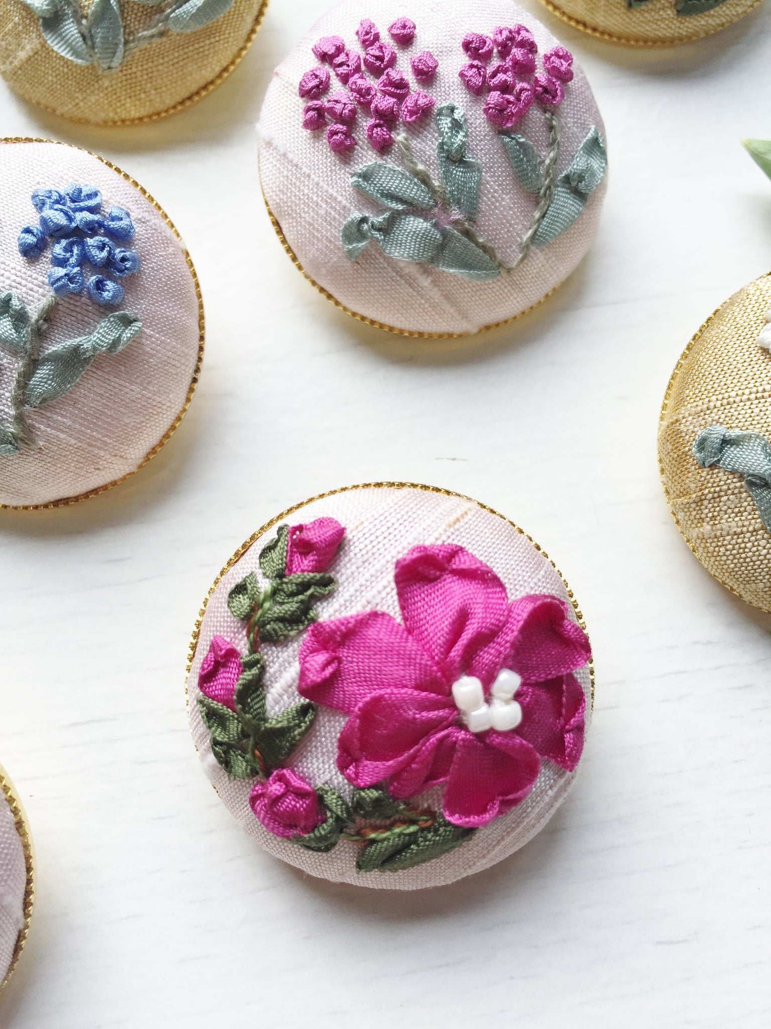 Mother daughter silk ribbon embroidery button brooches in shades of dark pink