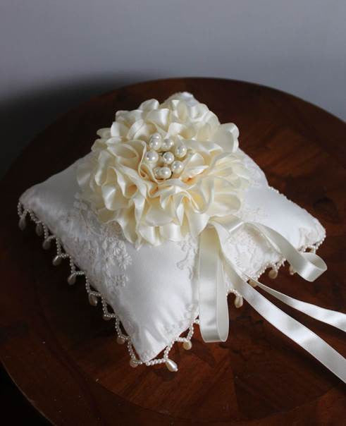 Peony Pearl Trim Lace Ring Pillow