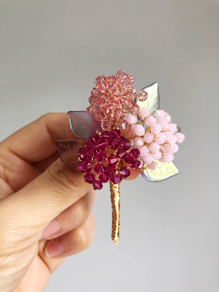 Hydrangea bouquet brooch in pink