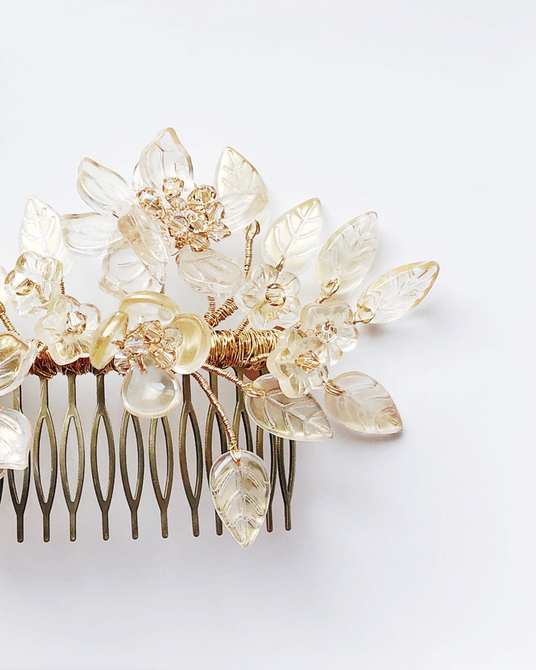 December romance wedding hair slide