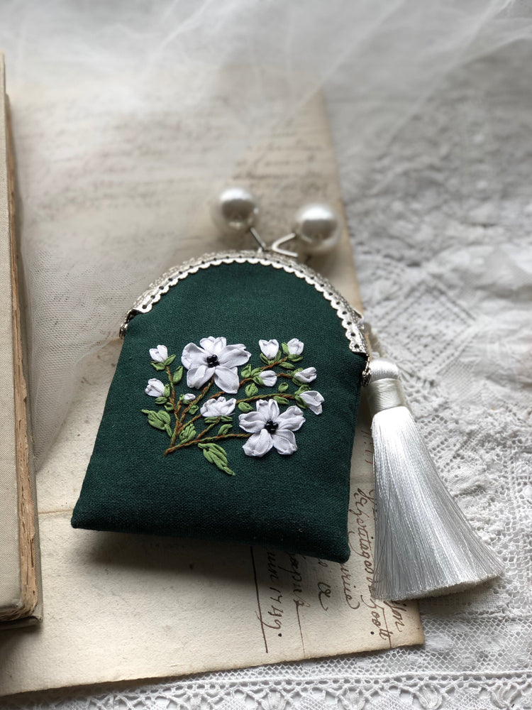Hand embroidered silk ribbon purse in hunter green