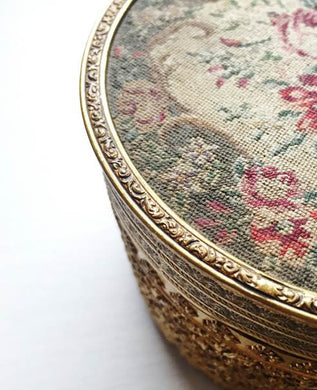 1940s Beautiful Vintage Petit Point Embroidery Vanity Box with Mirror and Glass Bowl