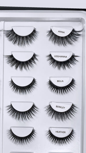 MINI BLACK BOOK OF LASHES