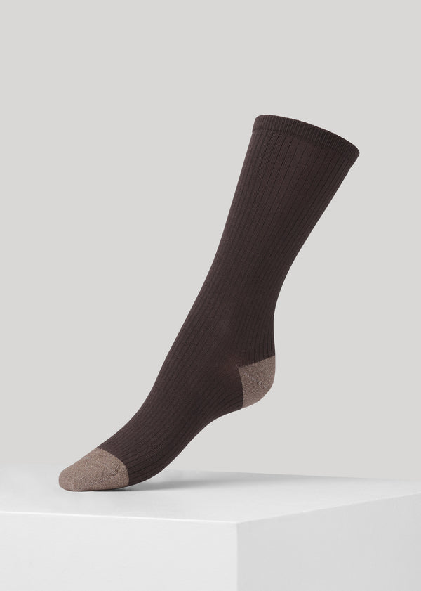 Our Malene ribbed cotton sock with glitter in heel and toes is made of soft GOTS certified premium organic cotton yarn.