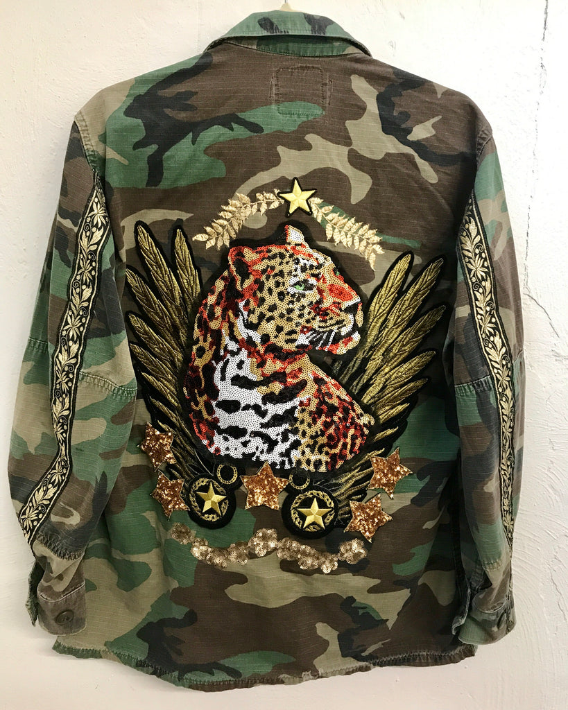 NEW Vintage ROAR Camo Jacket.