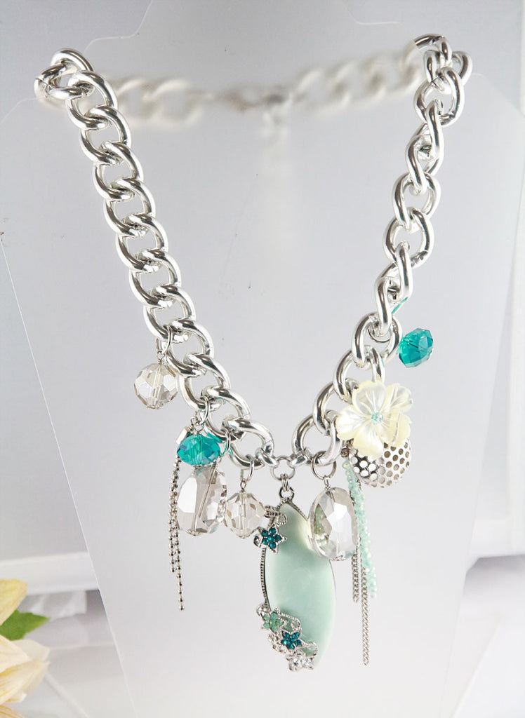 The Mint Cluster Necklace