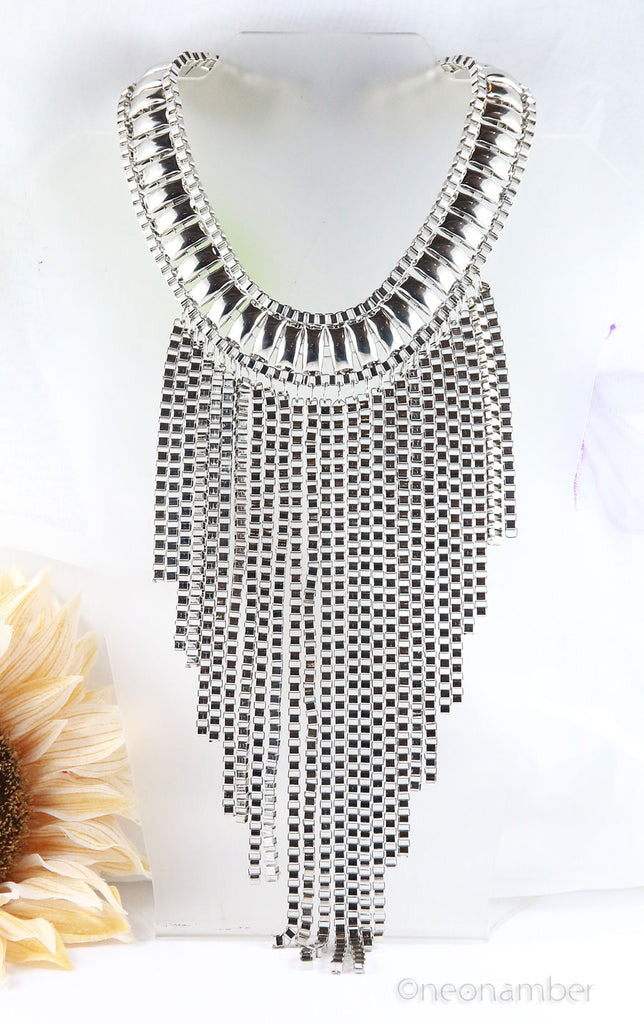 The Fringe Silver Necklace