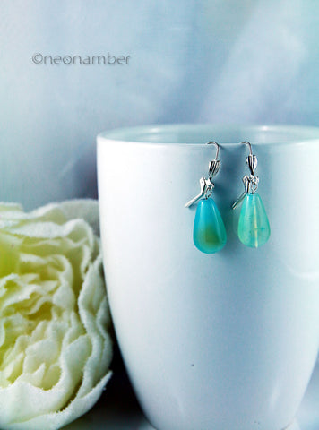 A glimpse of Sky Earrings