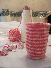 Candy-Cane Coaster Cozy