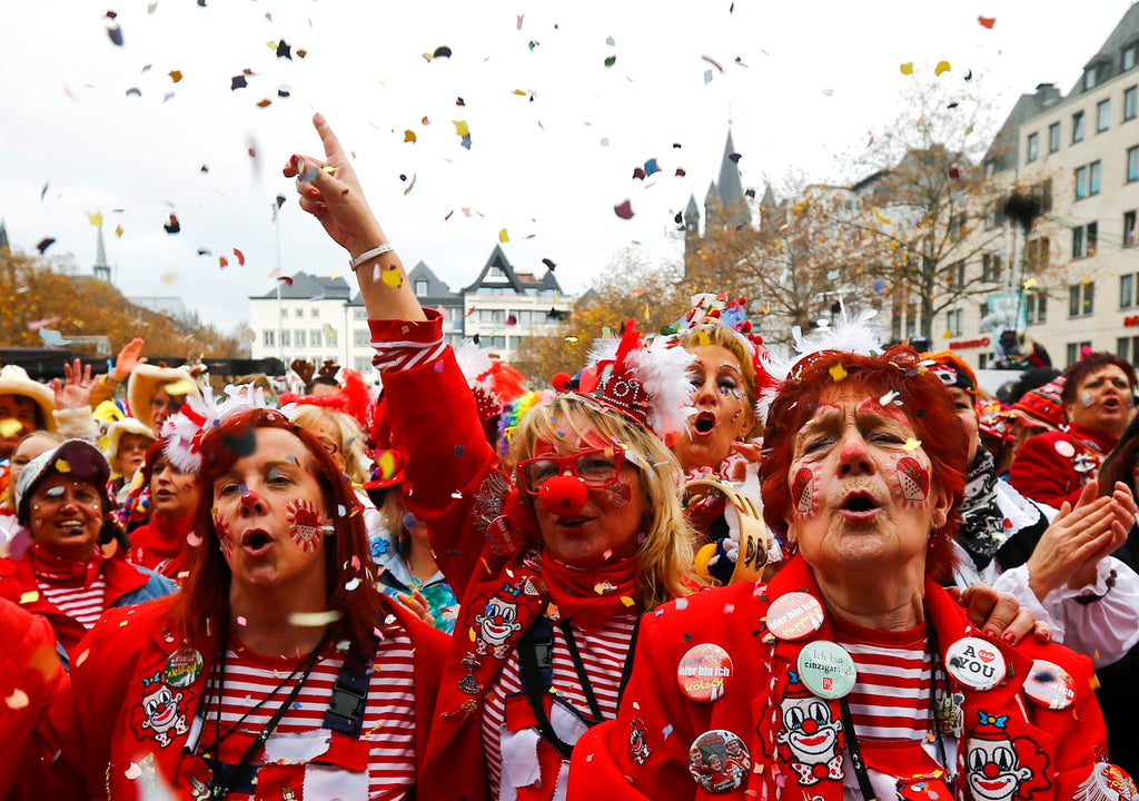 cologne carnival Enjoy the madness of the riotous days in the heart of cologne and celebrate  carnival at first hand in the grandstand of the carnival society treuer husar.