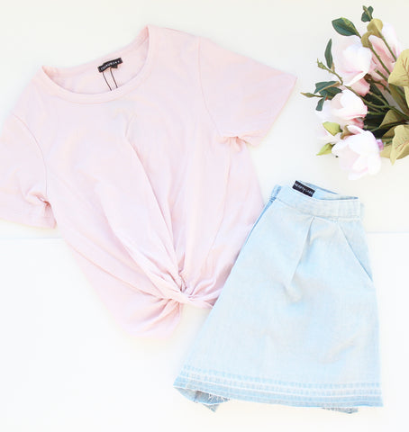 Front Knot Short-sleeves Crop Top