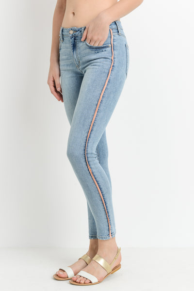 Super Skinny Jeans with Contrast Seam