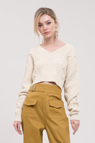 V-neck Cable Knitted Cropped Sweater