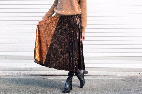 Velvet Pleated Skirt with Contrasting Color Panel