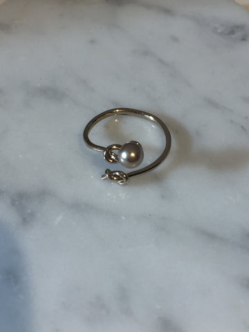 Knots with Pearl Open Ring